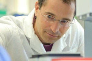Three Weizmann Scientists among those named as International Research Scholars
